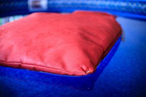Bean-b-fabrics-tissu-Bean-Bag-Divant-pouf-Flottant-Floating-Increvable-Canada-quebec-Fatboy-Arico-pool-piscine